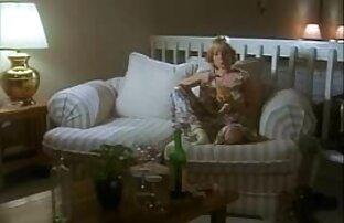 Lesbiche video tette fuori con vetro inserire un guanto in milf culo